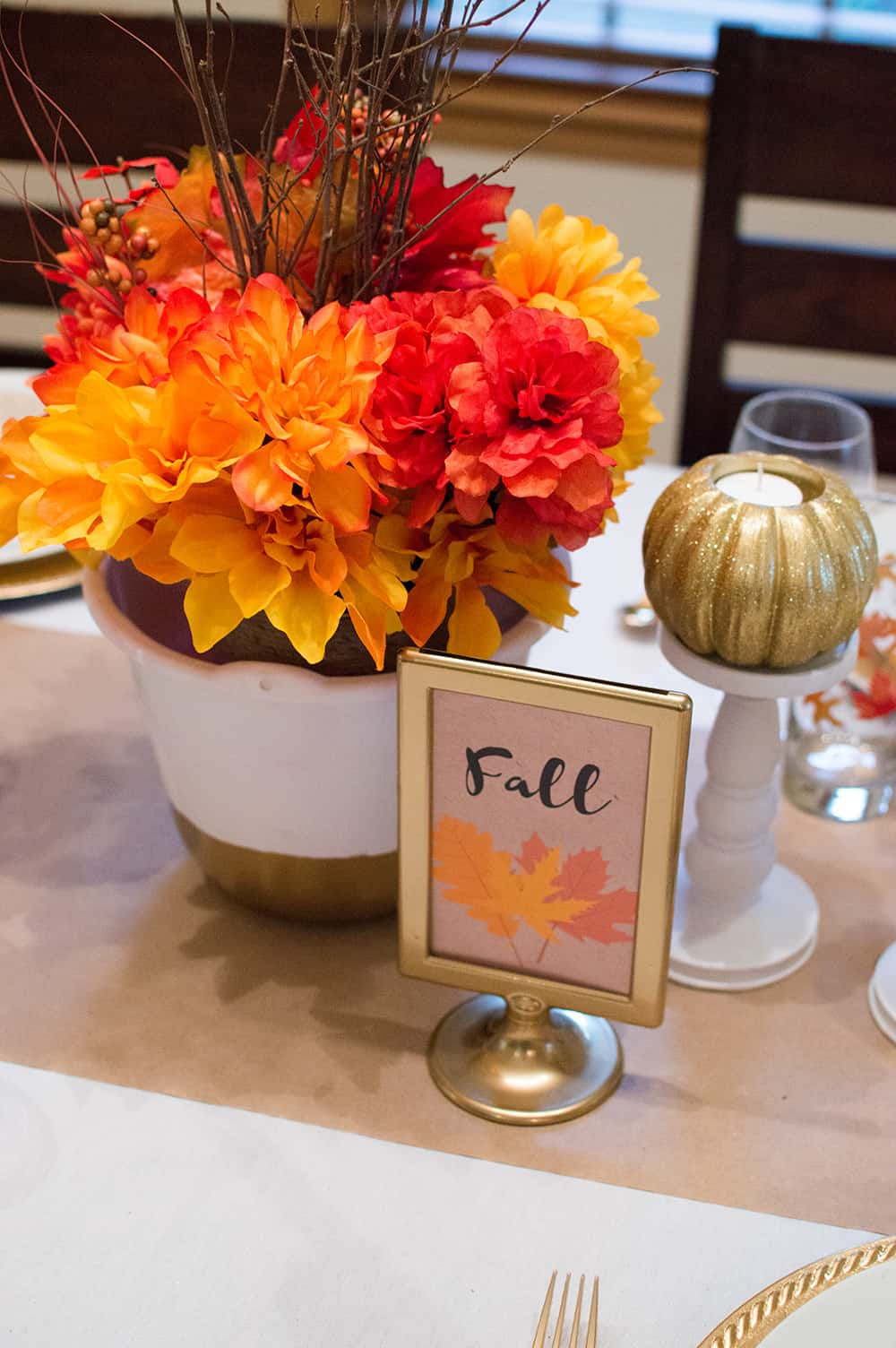 Fall Tablescape Floral Centerpiece and Sign for Thanksgiving Table