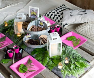 Girls Gone Glamping Table setting
