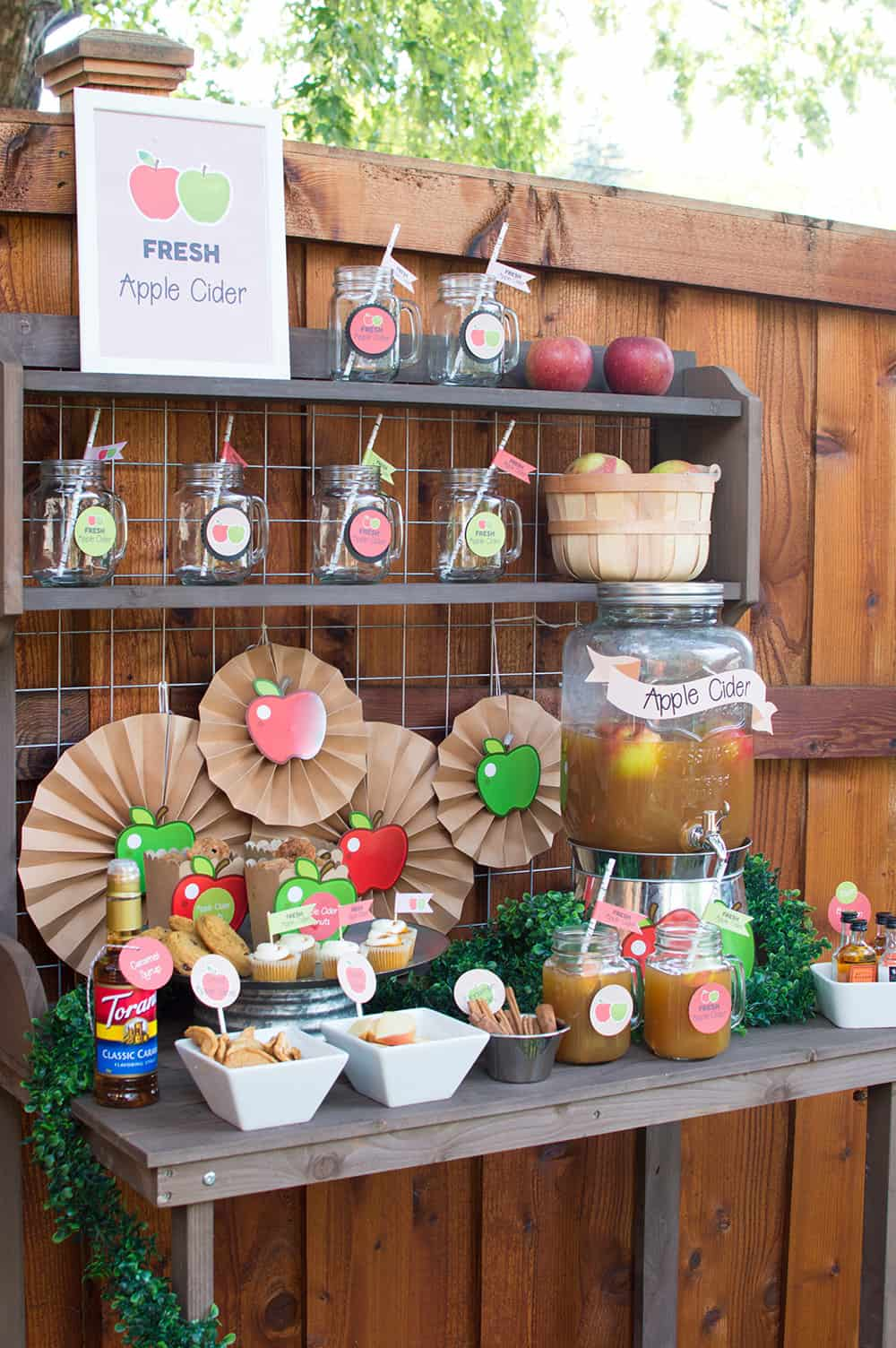 Fall Apple Cider Bar