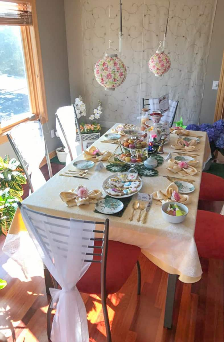 Alice in Wonderland Tea Party Table