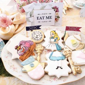 """Alice in Wonderland """"Eat Me"""" Sign and Custom Sugar Cookies"""