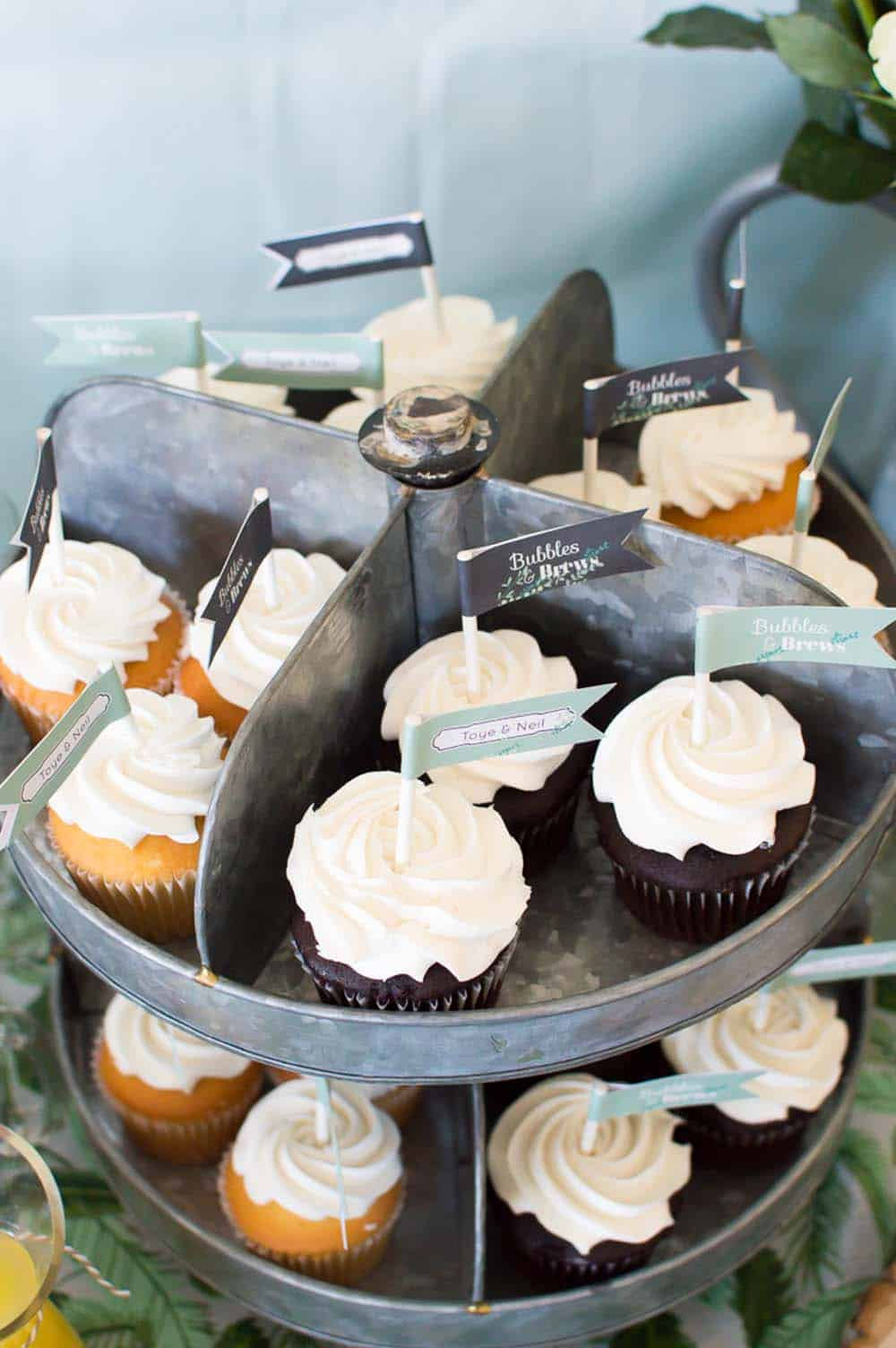 bridal shower cupcakes display