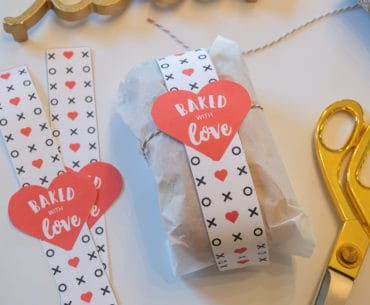 "Download this free ""Baked with Love"" mini bread loaf wrap"
