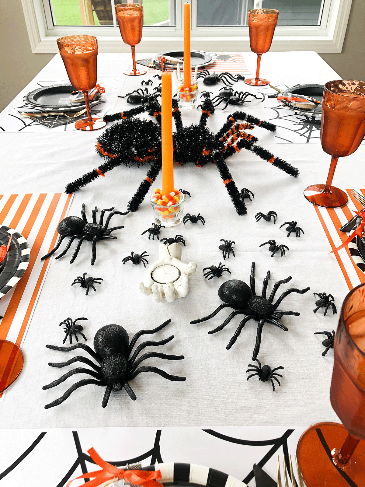 Spider Halloween Table