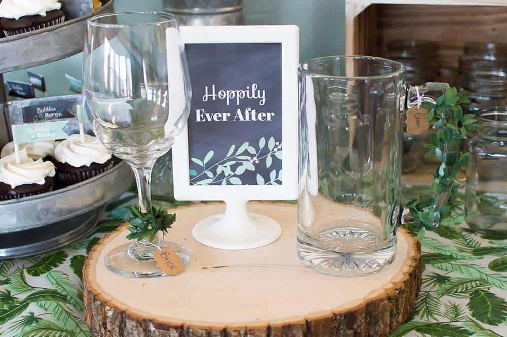 hoppily ever after sign