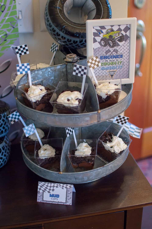 Mini Mud Cups Dessert