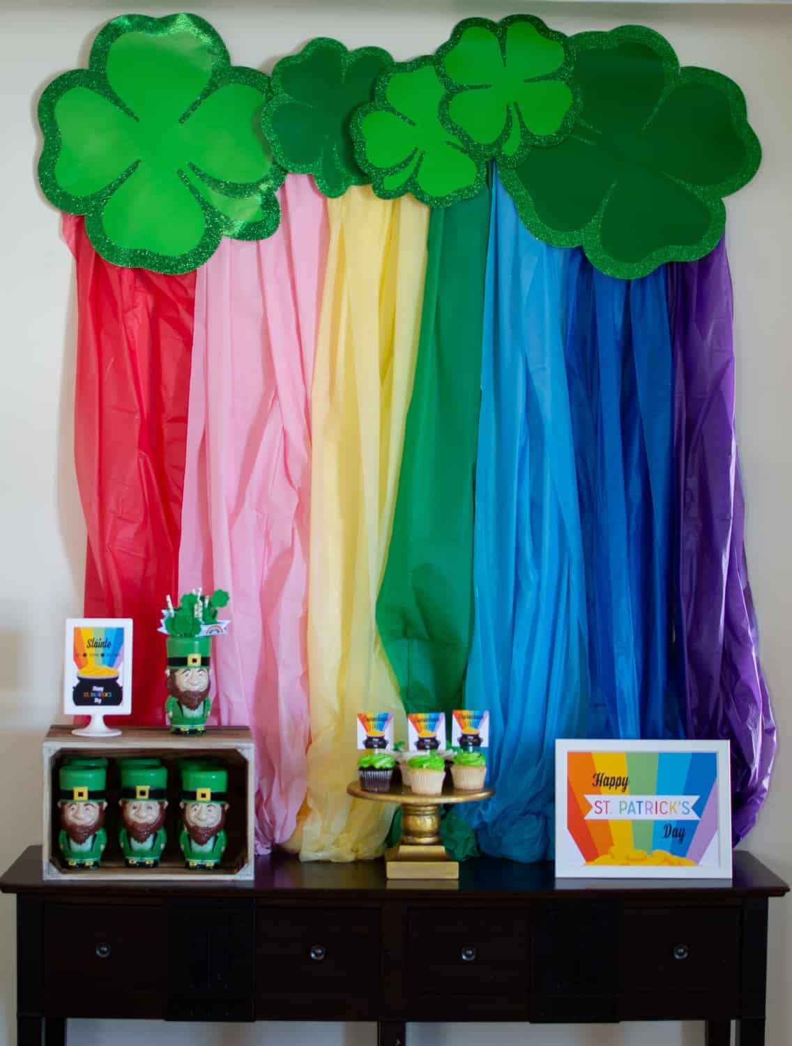 Leprechaun Loot Party Table