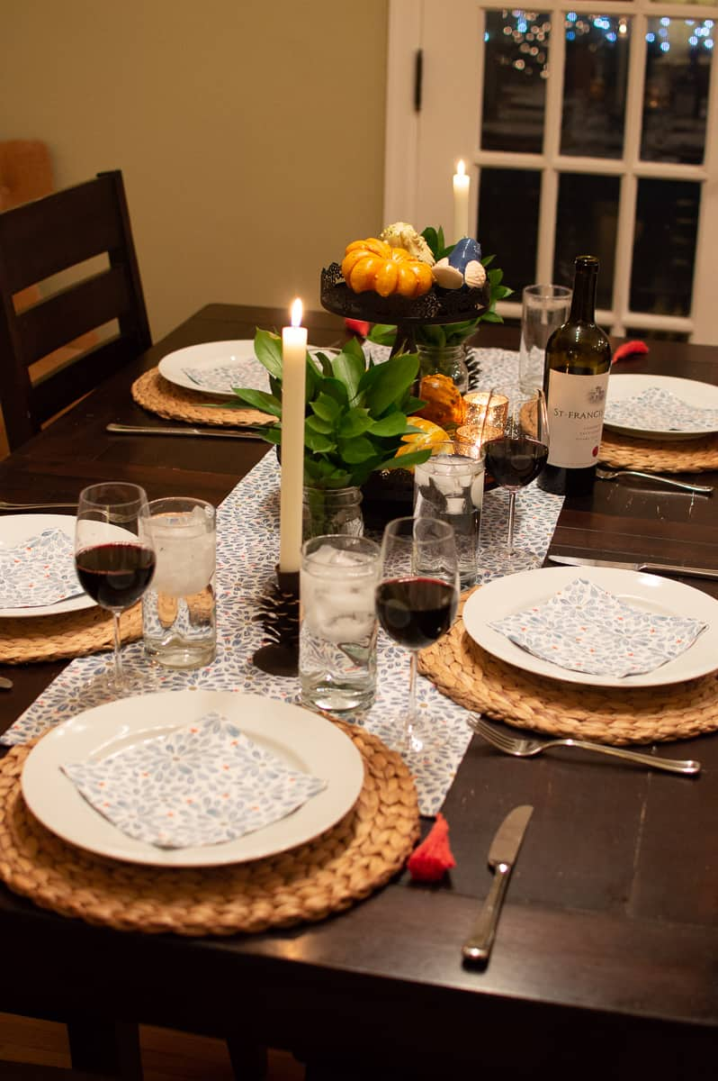 Use different styles and textures to create a simple Fall tablescape like this one from Elva M Design Studio