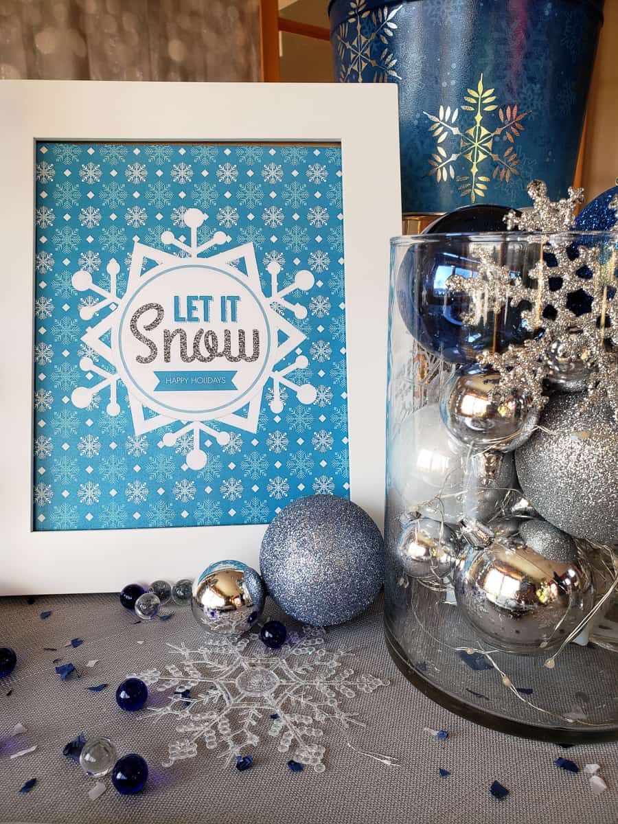 Let it Snow holiday sign